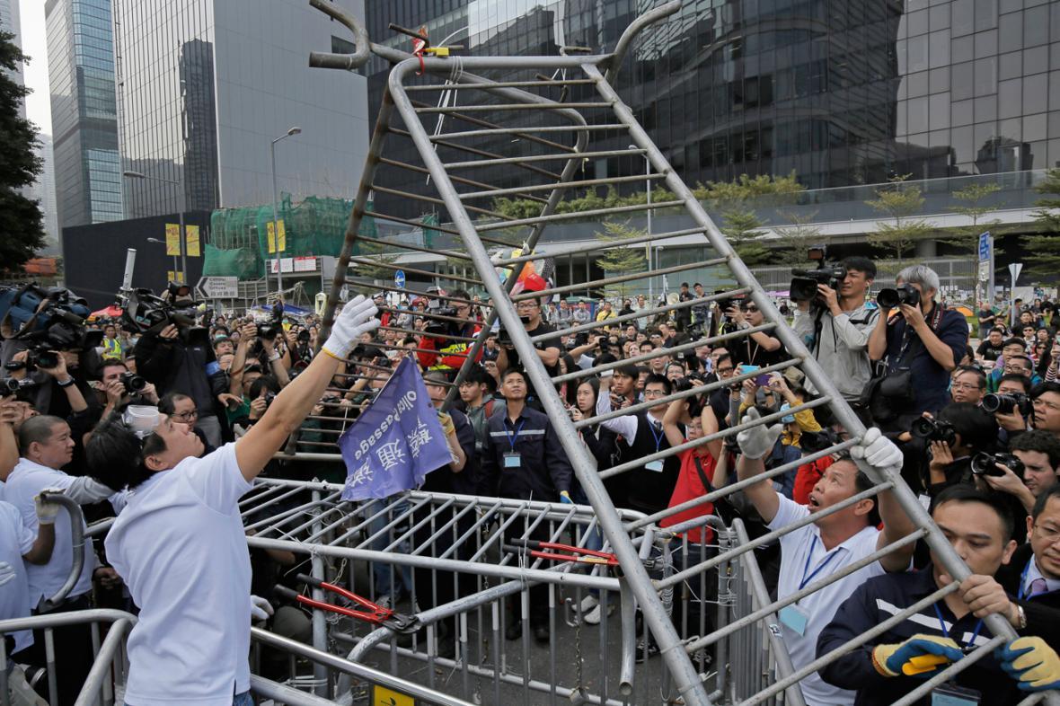 Odklízení zártarasů v Hongkongu