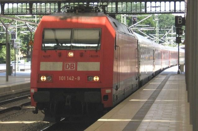 Dálkový vlak DB