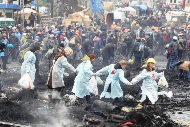 Zdravotnice na Majdanu