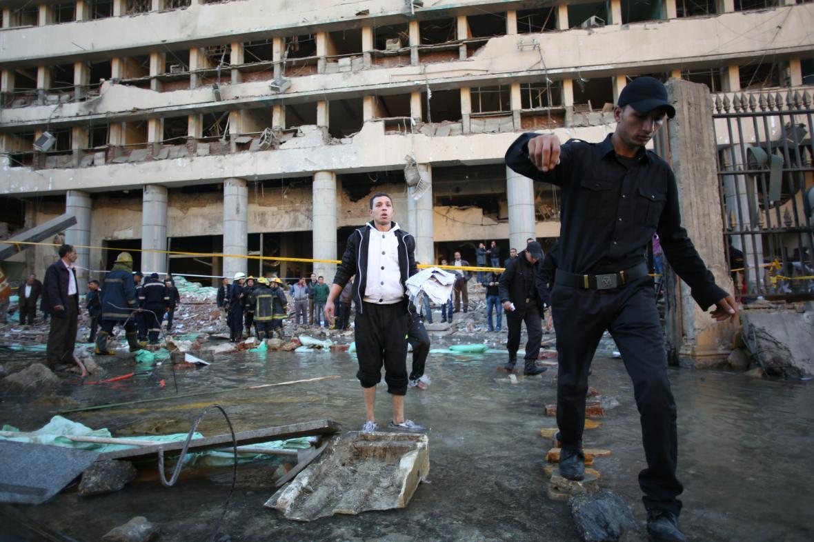 Káhiru zasáhla série explozí