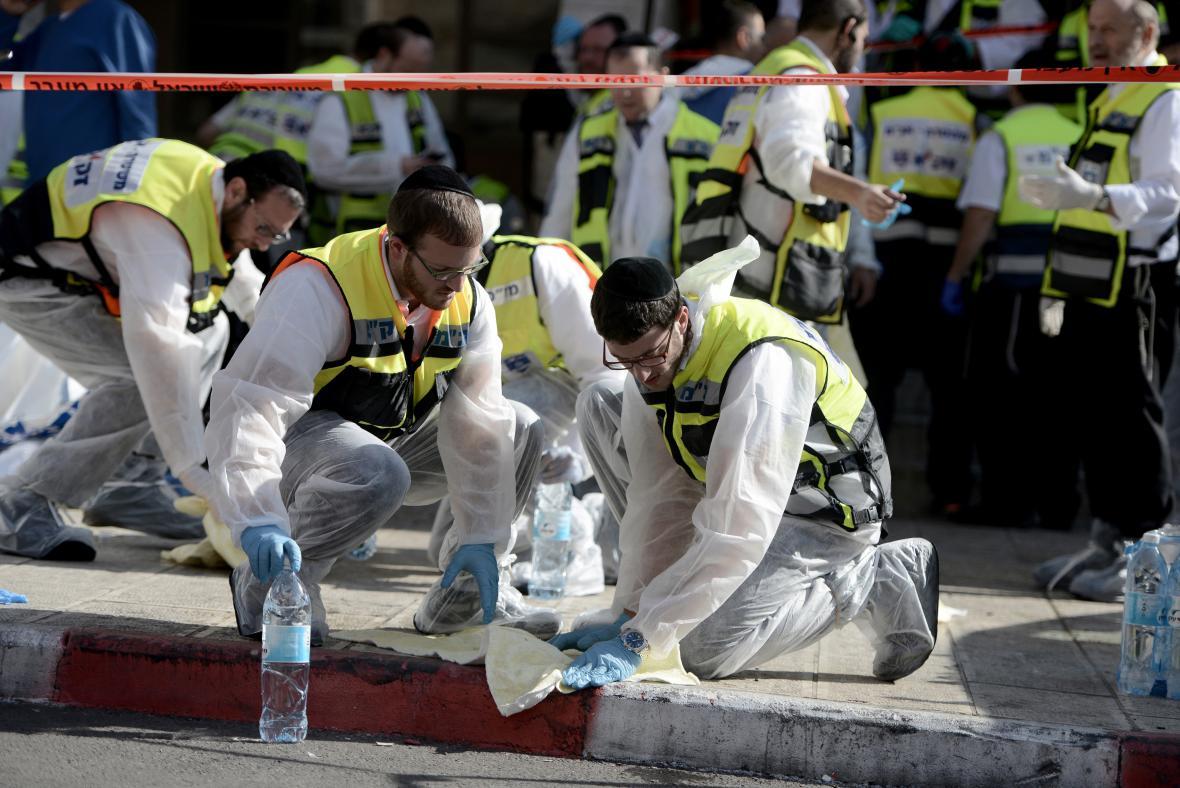 Vyšetřování atentátu v jeruzalémské synagoze