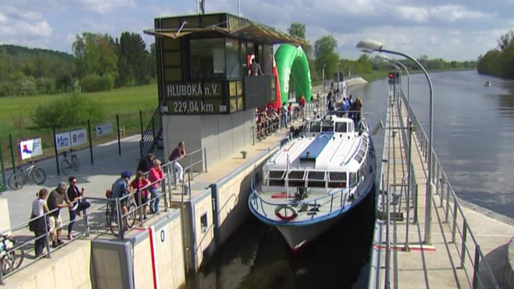 Plavební komora v Hluboké n. Vltavou