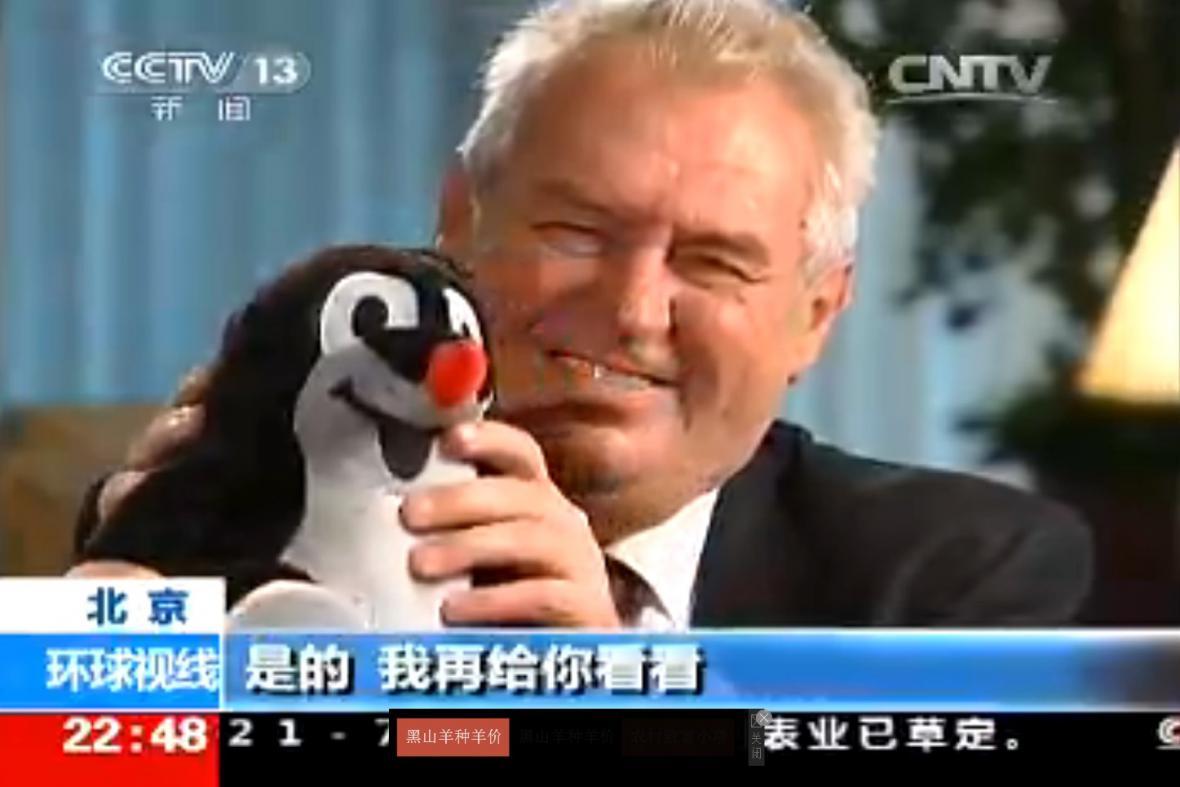 Miloš Zeman v čínské televizi