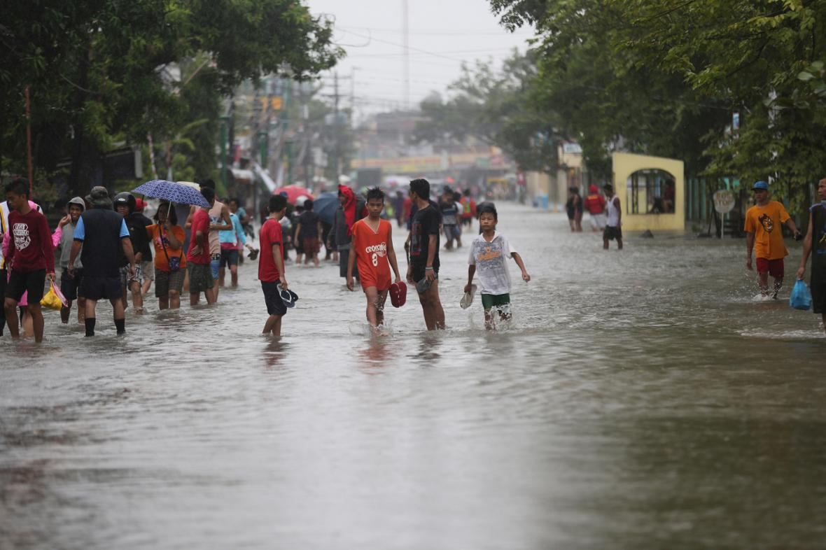 Tajfun Hagupit ve filipínské provincii  Camarines Sur