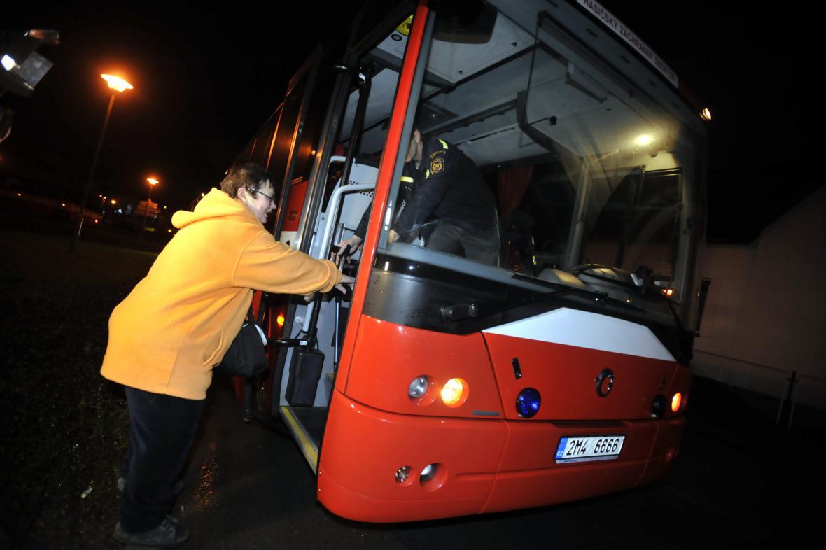 Evakuace obyvatel Vlachovic na Zlínsku