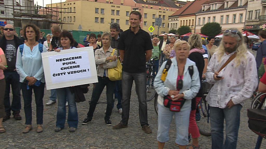 Protest proti zinkovně - září 2014