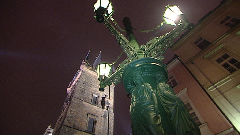 Kandelábr na Dražického náměstí