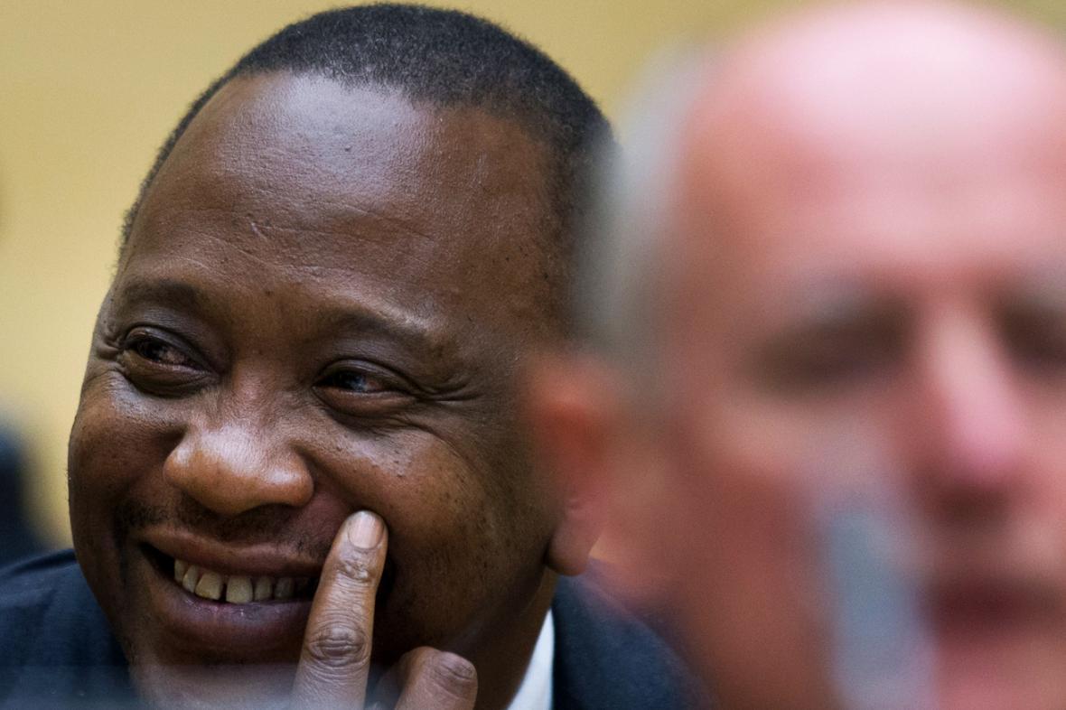 Uhuru Kenyatta před soudem v Haagu