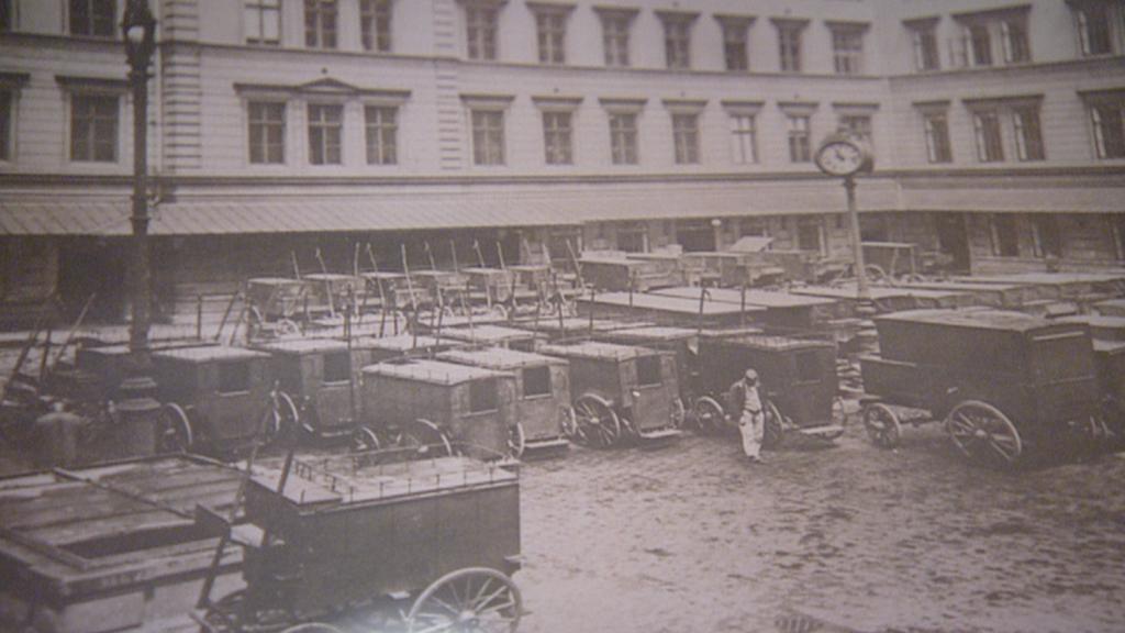 Archivní snímek z poštovního dvora
