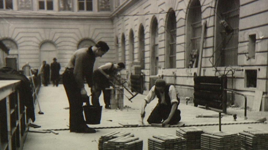 Oprava poštovní haly