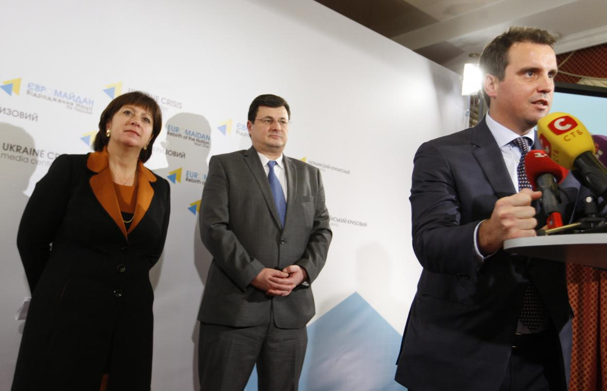 Natalija Jaresko, Alexandr Kvitašvili a Ajvaras Abromavičus