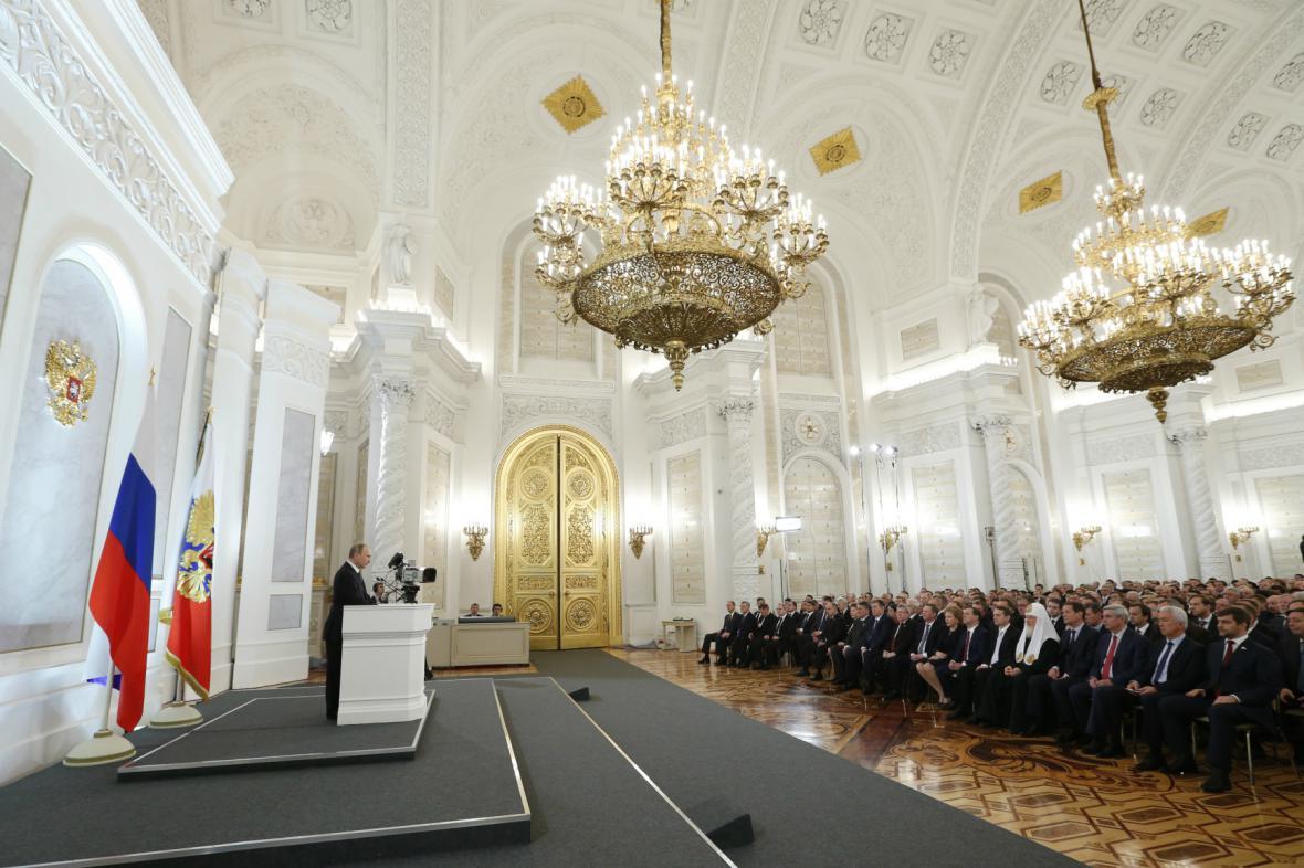 Vladimir Putin přednáší projev o stavu Ruské federace
