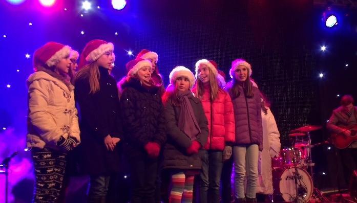 Z rozsvícení vánočního stromu v Kolíně