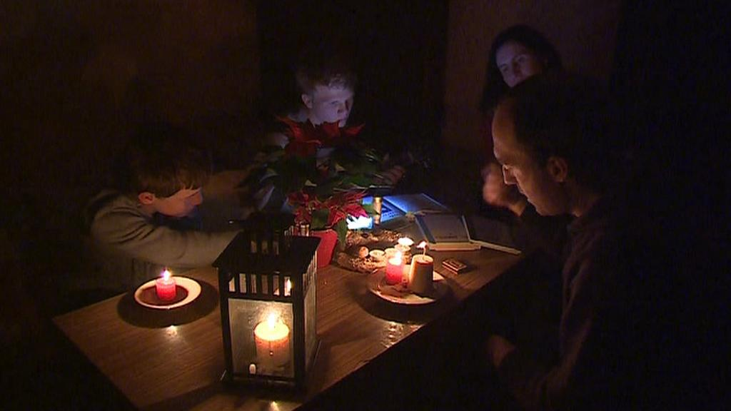 Noc bez elektřiny - námraza působí potíže