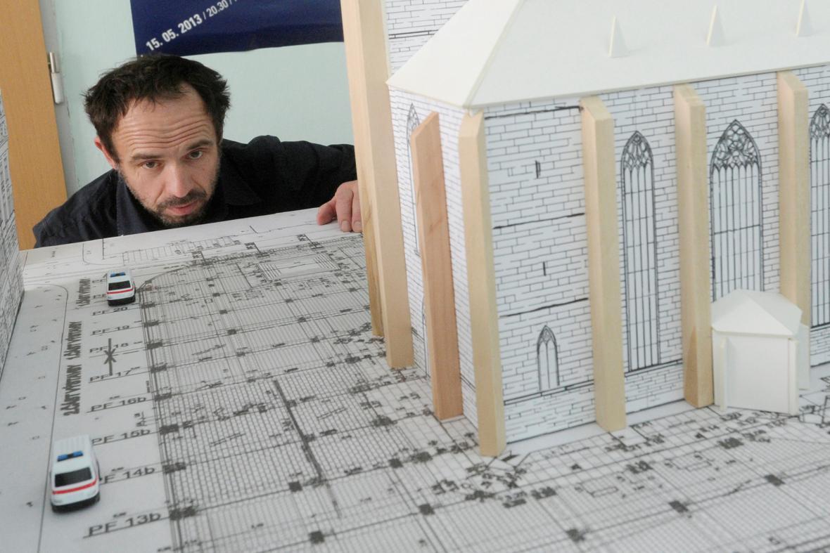 Petr Forman a model plzeňského náměstí