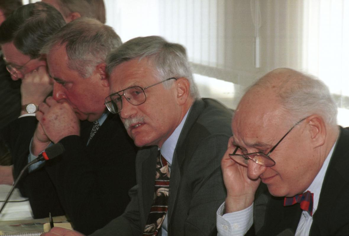 Václav KLAUS, Richard SALZMANN a Tomáš JEŽEK