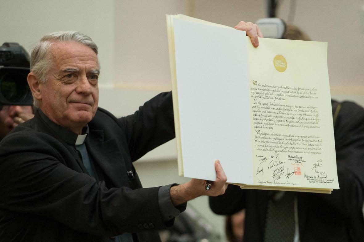 Představitelé církví podepsali deklaraci proti otroctví