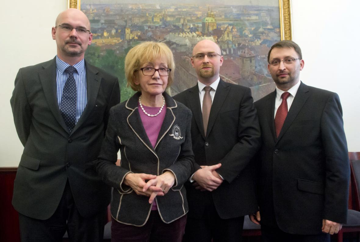 Helena Válková a její muži