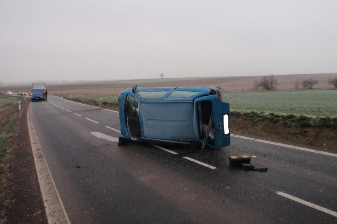 Dopravní nehoda způsobená náledím