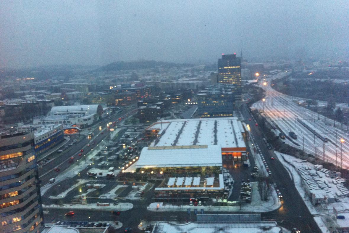 V Brně v noci na úterý sněžilo