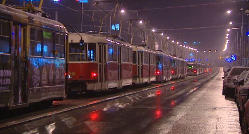 Kolaps tramvají kvůli námraze
