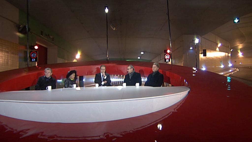 Diskuse ČT24 v tunelu Blanka