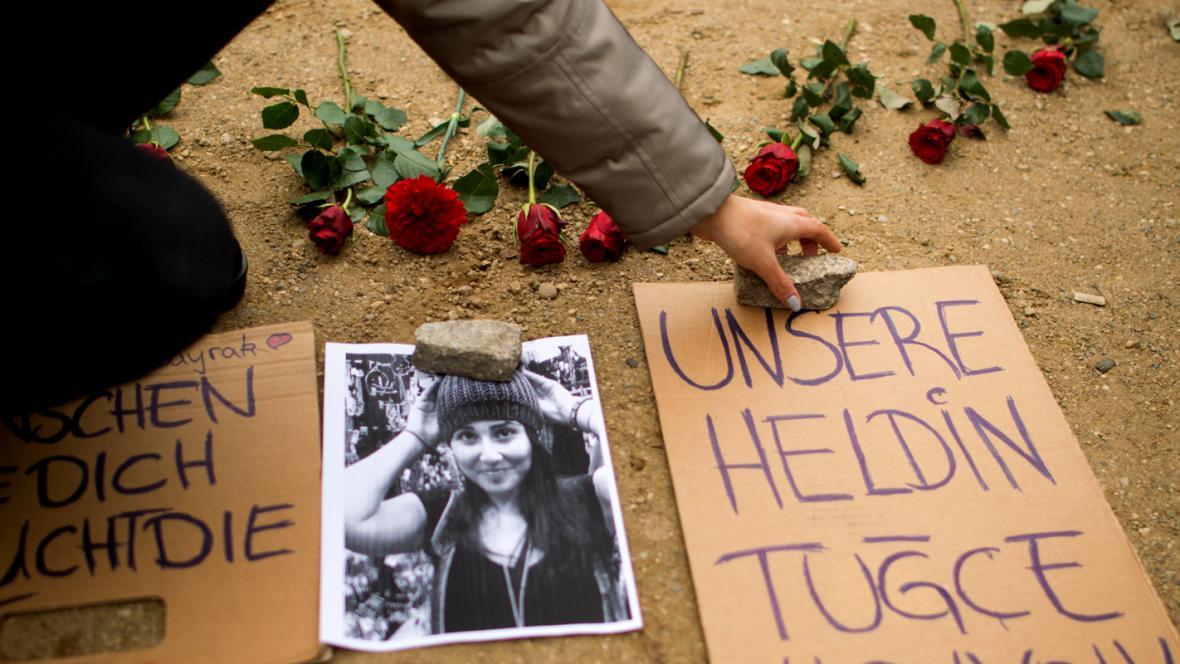 Vzpomínka na Tugce Albayrakovou