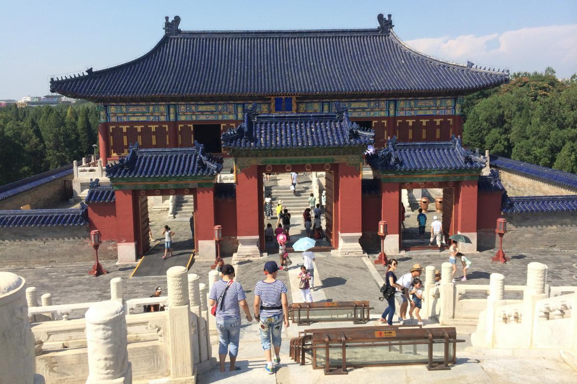 Číňané hojně navštěvují své chrámy