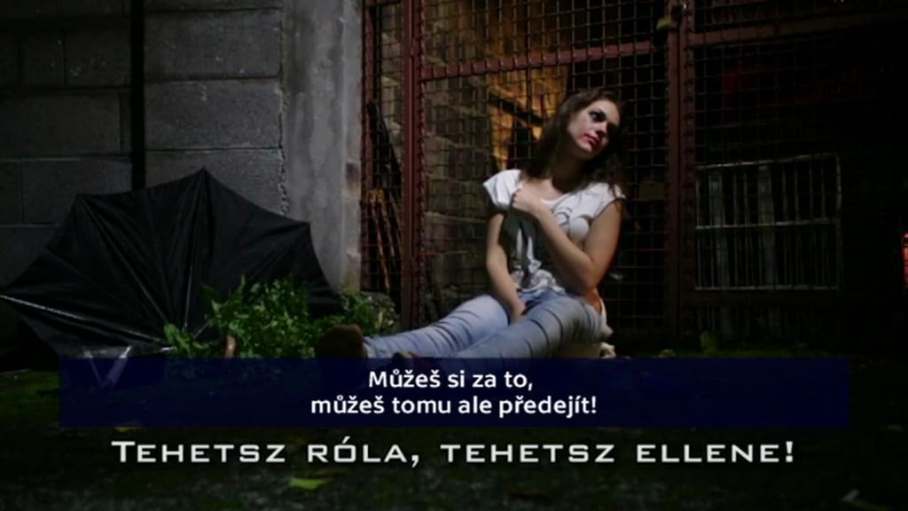 Klip maďarské policie varující před znásilněním