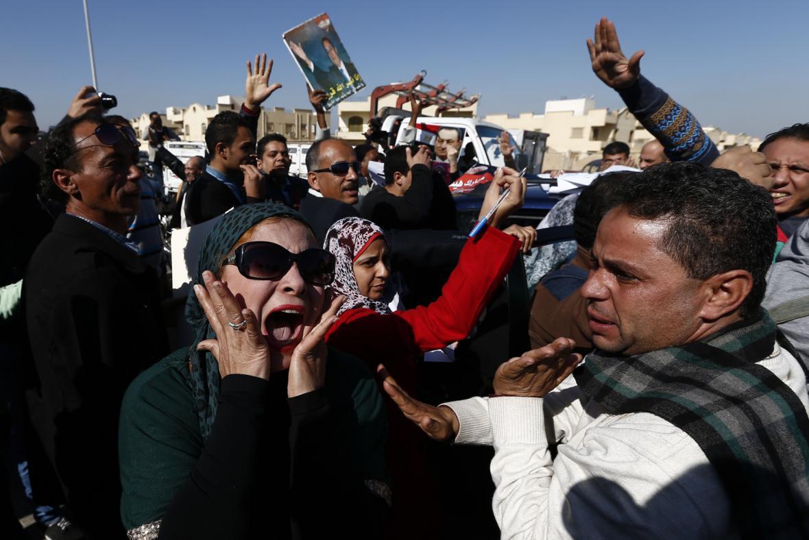 Podporovatelé egyptského ex-prezidenta jásají nad verdiktem soudu