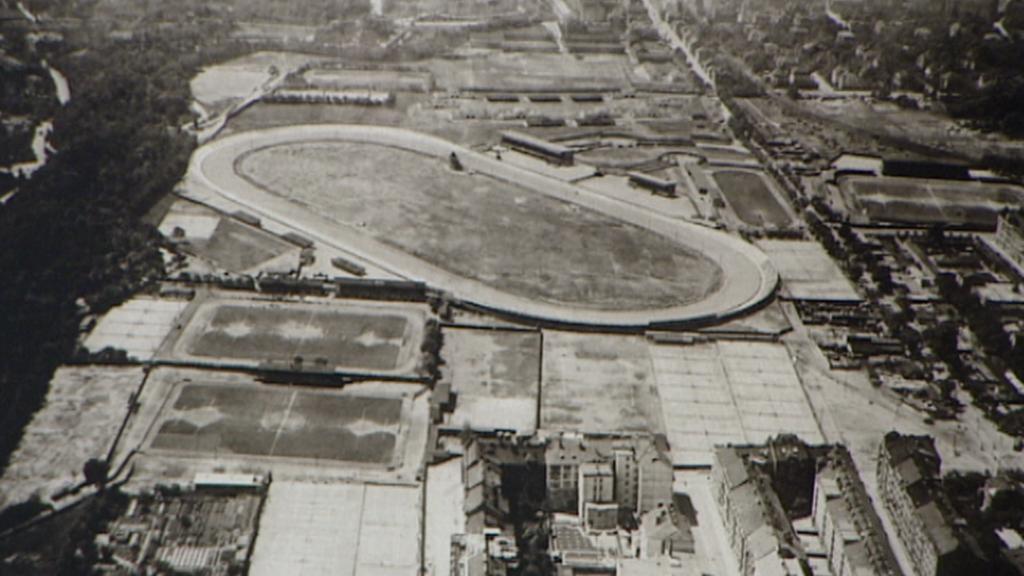 Letenská pláň z letadla na archivním snímku
