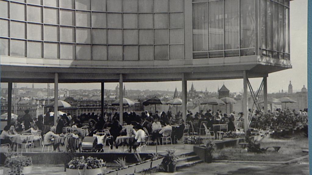 Restaurace Expo 58 na archivním snímku