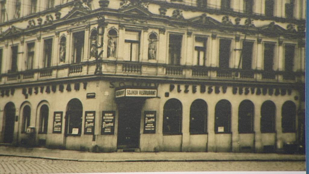 Bývalá pivnice U Sojků - archivní snímek