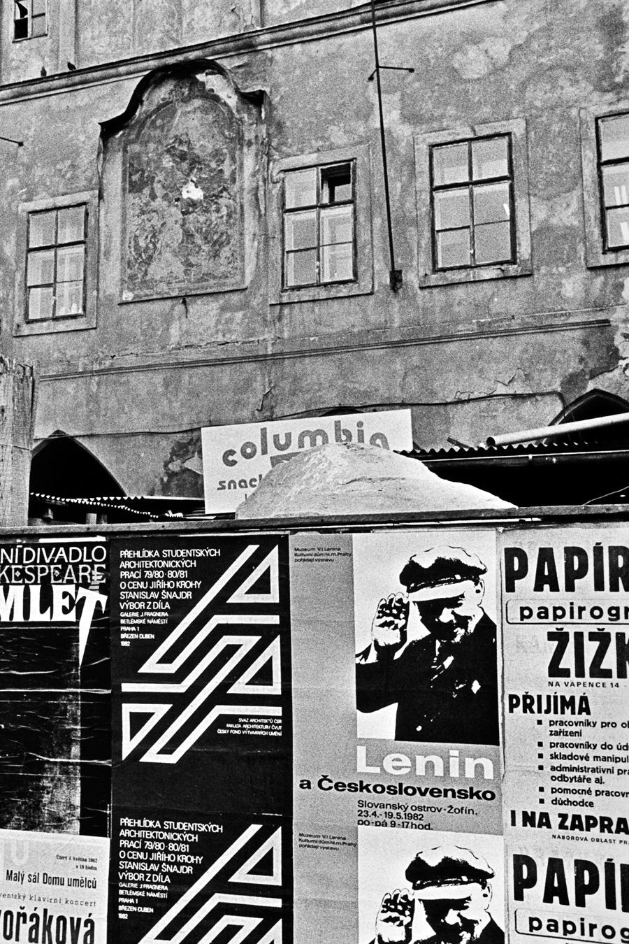 Staroměstské náměstí (před rokem 1989)