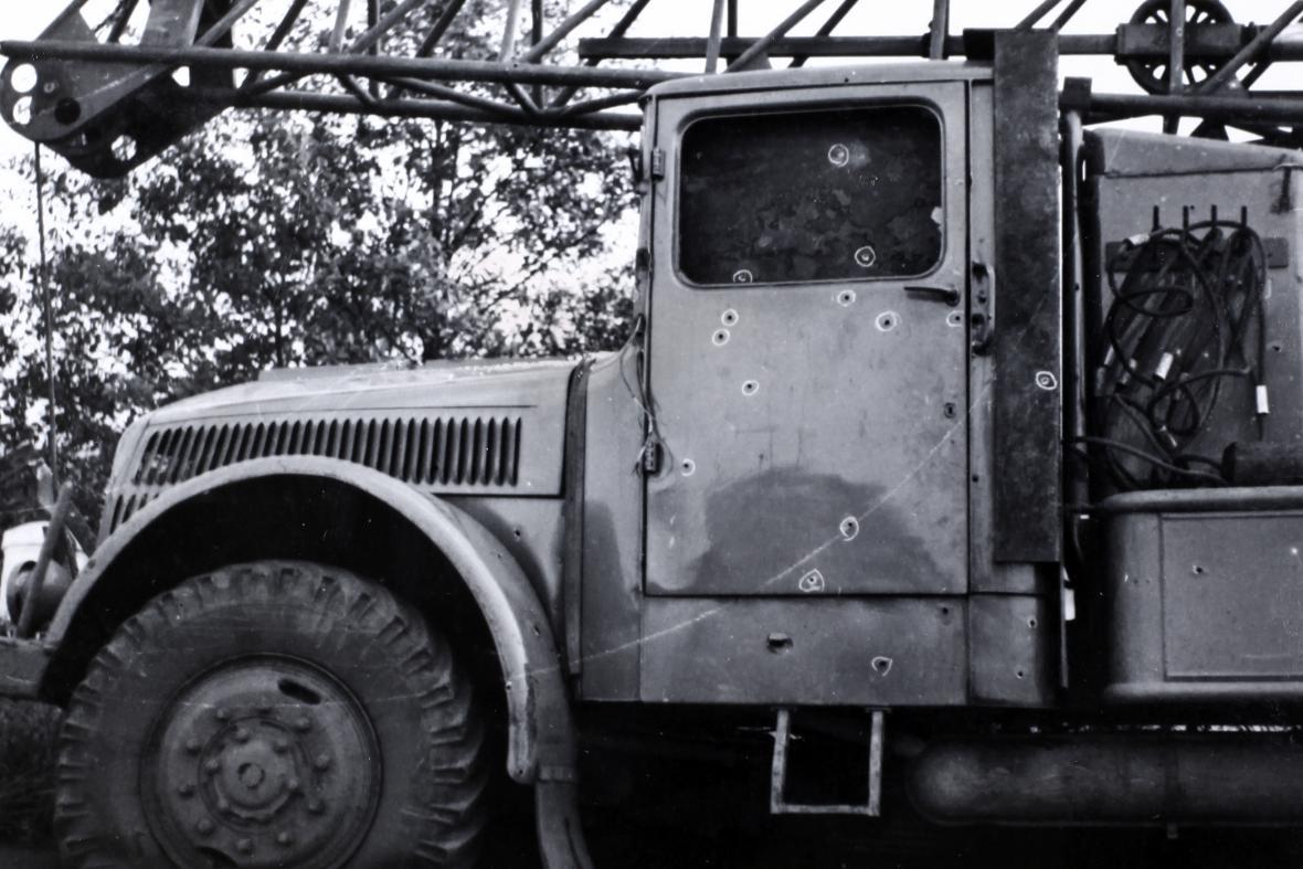 Pokus o přejezd hranic ČSSR autojeřábem (1965)