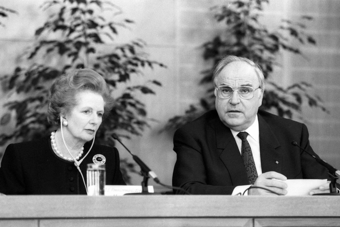 Britská premiérka Margaret Thatcherová a  spolkový kancléř Helmut Kohl