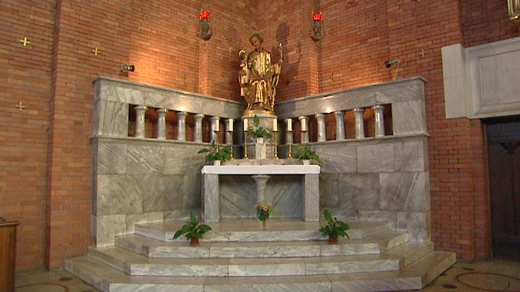 Z interiéru kostela