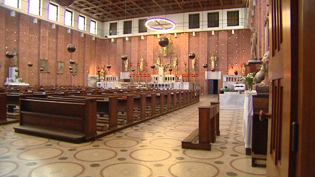 Interiér kostela Nejsvětějšího srdce Páně