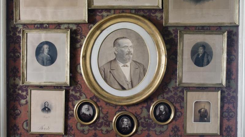 Portrét Vojty Náprstka