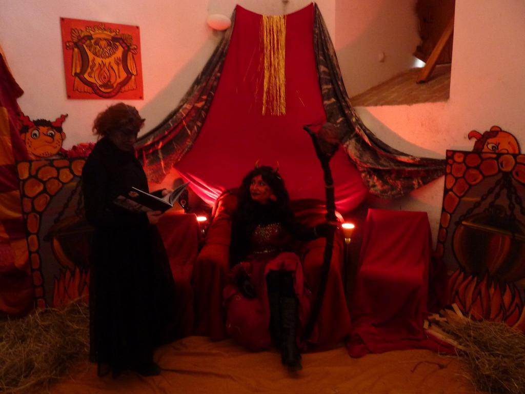 Peklo a kniha hříchů na zámku v Mníšku pod Brdy