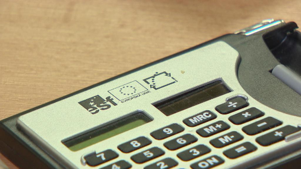 Kalkulačka s logem ESF