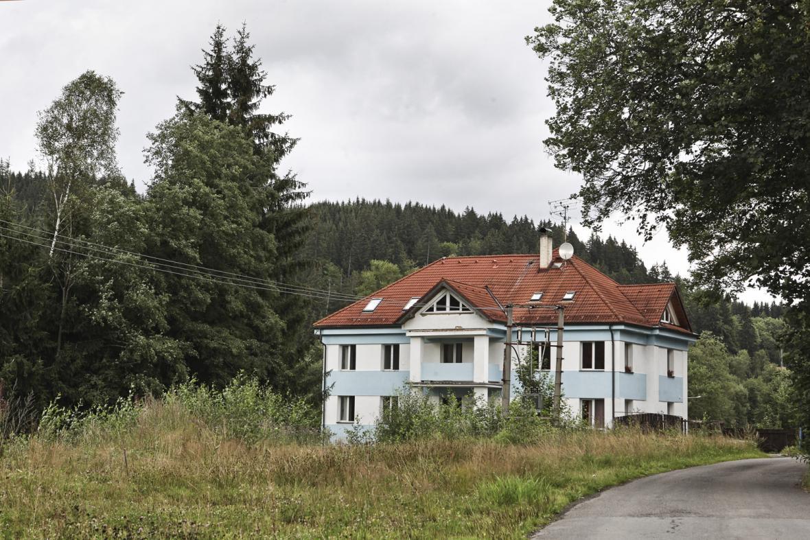 Bývalá pohraniční rota v Alžbětíně