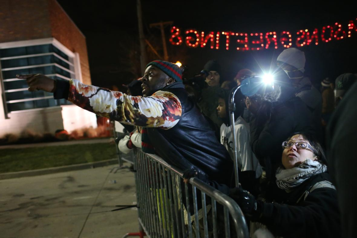 Nepokoje ve Fergusonu po rozhodnutí poroty