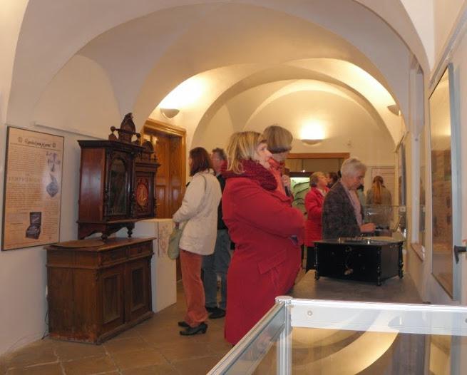 Výstava hracích strojků v berounském muzeu