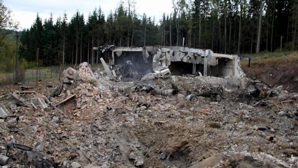 Požár zničil muniční sklad ve Vrběticích