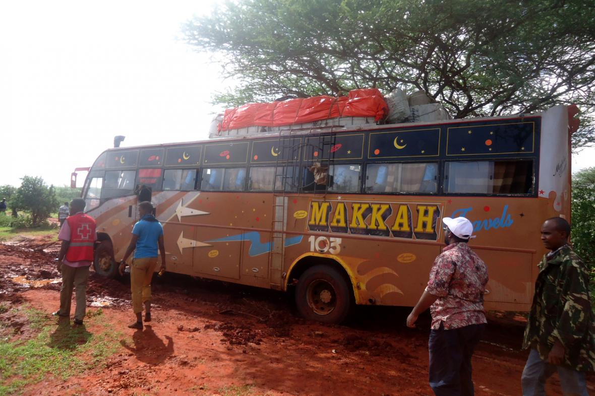 Milice Šabáb přepadly v Keni autobus a zabily 28 nemuslimských cestujících