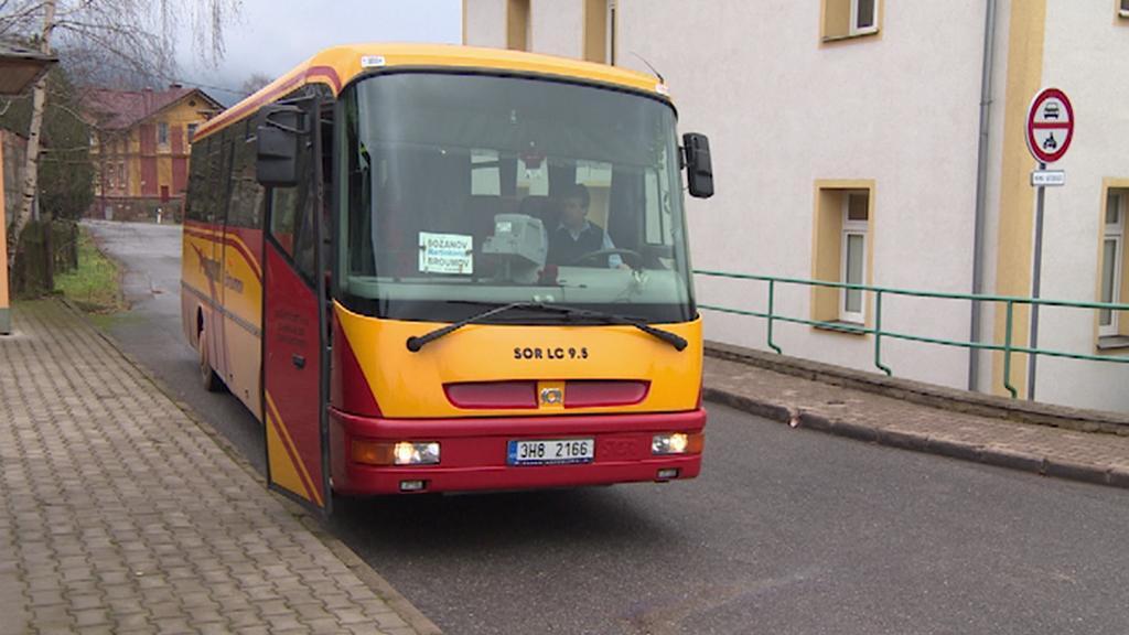 Autobusová zastávka v Božanově