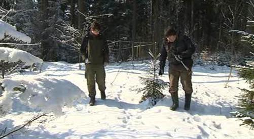 Dobrovolníci v Beskydech sledují stopy šelem