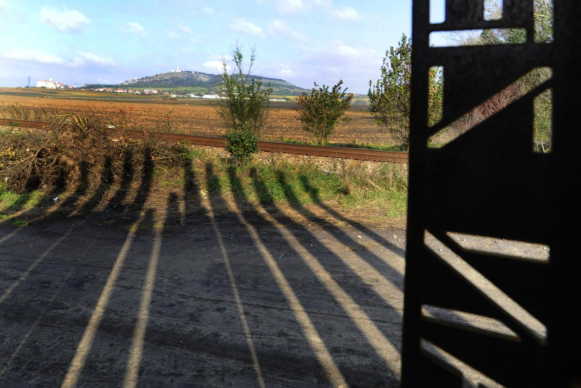 Památník obětem železné opony u Mikulova