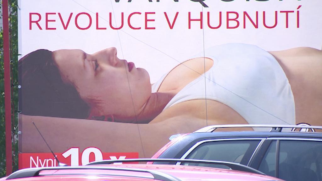 Reklama na vozíku v Hradci Králové